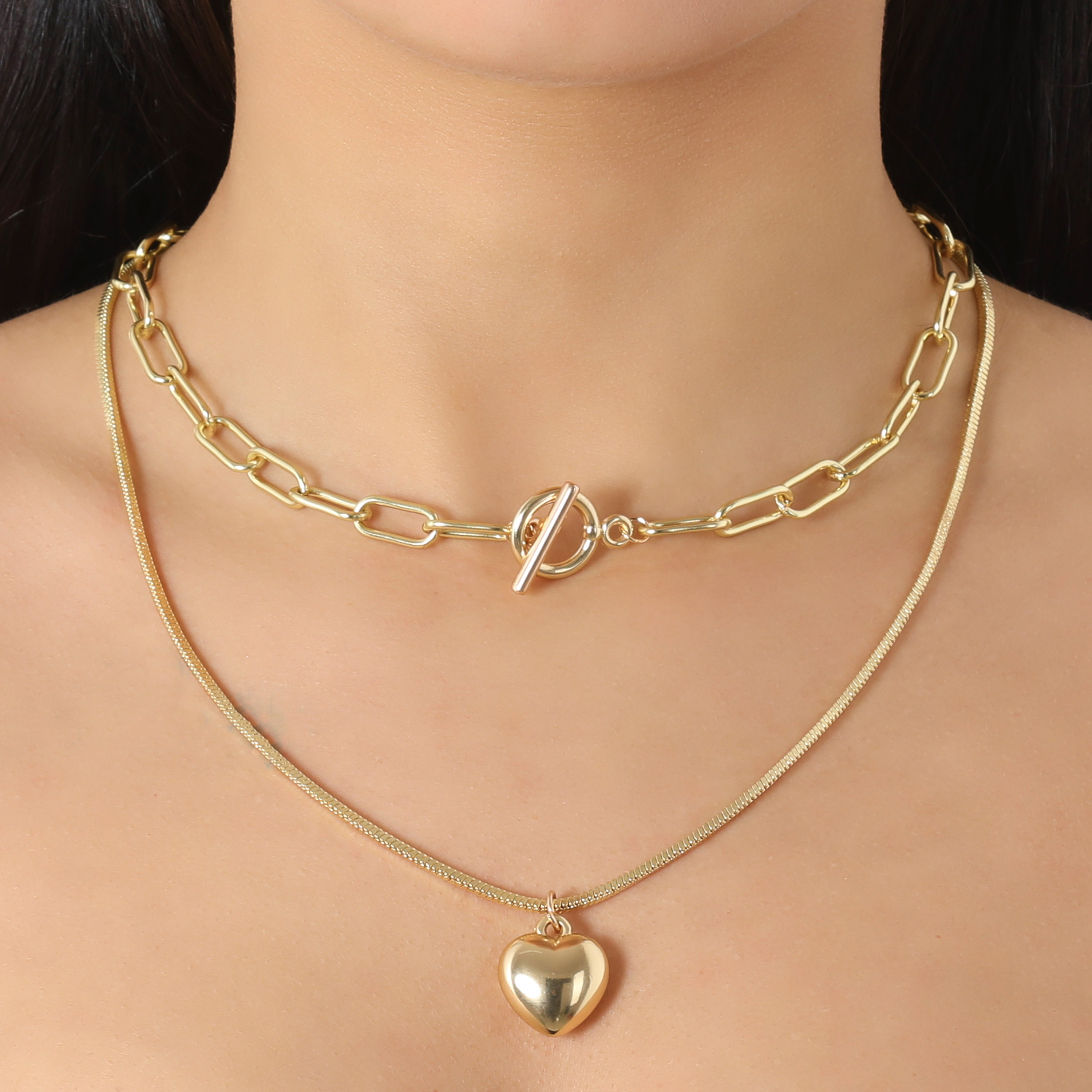Layered Link And Heart Pendant Necklace In Gold